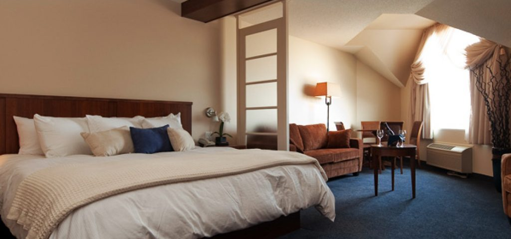 hotel-empress-suite-king-canape-2