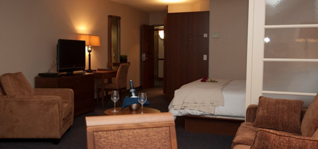 hotel-empress-suite-king-canape-3